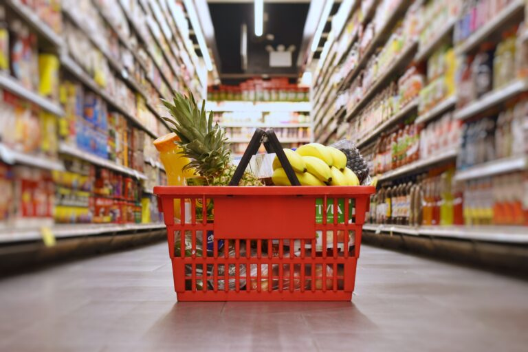 basket-with-groceries-in-the-supermarket-LMTNRWG